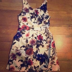Tulip A-line floral dress-pockets!!